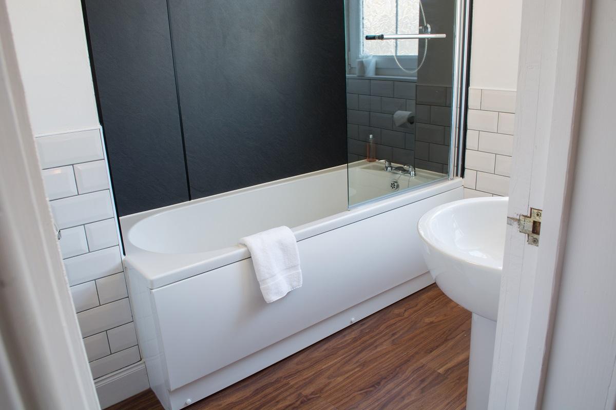 Chlachain Bathroom